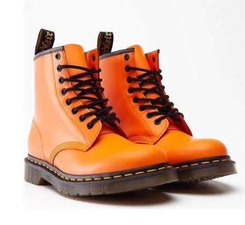 Dámske členkové topánky v oranžovej farbe