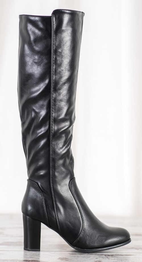Vysoké čierne čižmy z elastickej umelej kože