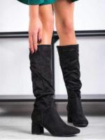 Vysoké topánky na stĺpcovom podpätku