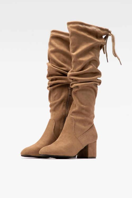 Jesenné štýlové vysoké topánky